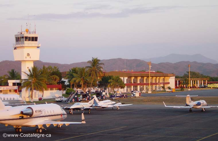 Manzanillo Airport Airfield 760