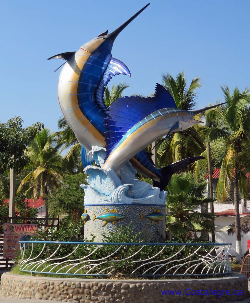 Barra de Navidad Entrance Fish Monument